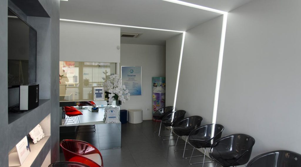 centi dental art | dentista a Mantova